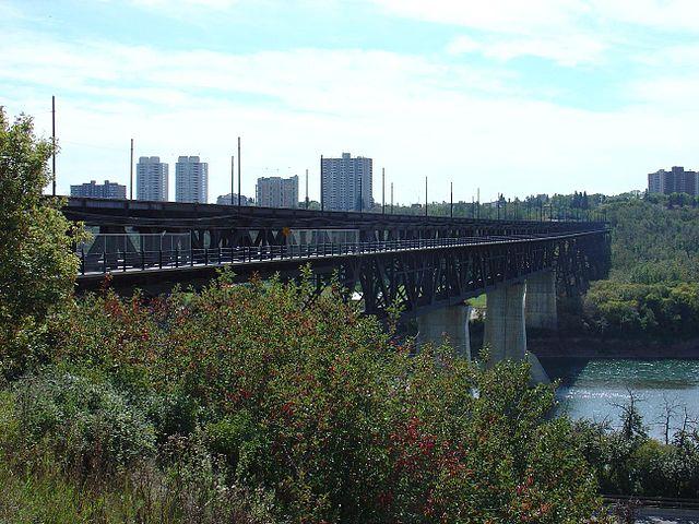 640px-EdmontonBridge
